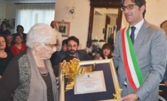 Grande festa a Rosolini per i 100 anni di Pietrina Sagona
