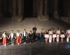 VIDEO – Noto, grande successo per lo spettacolo di chiusura dell'Infiorata