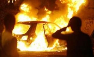 Avola. Automobile in fiamme in via Isonzo, incendio di origine dolosa